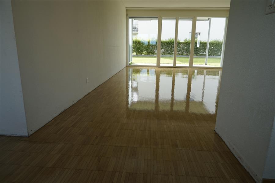 parkettboden scheifen und versiegeln a plus bodenpflege. Black Bedroom Furniture Sets. Home Design Ideas